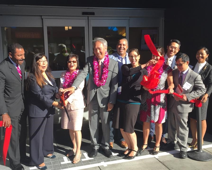 Hu Medical Center Opening Oakland Mayor Libby Schaaf